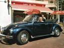 Zijn Kever was Gijs' grote trots. ,,In de zomermaanden reed hij graag rond met open dak.''