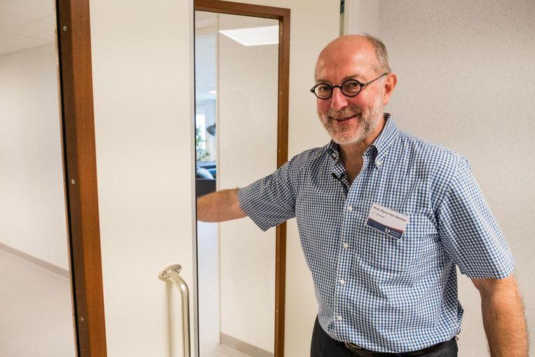 Professor Pierre Van Damme is directeur van het Centrum voor de Evaluatie van Vaccinaties van de UA.