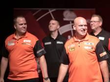 Rolverdeling Van Gerwen en Van Duijvenbode is duidelijk bij WK: 'Anders toon je zwakte'