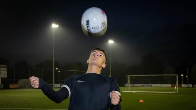 Silvio is 15 en speelt in het eerste,  jongste Betuwse voetbaltelg 'was een beetje verrast'