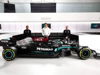 Schumacher voorbij en dan op pensioen? Onze F1-watcher ontleedt de nieuwe wagen van Mercedes, wellicht de laatste met Hamilton achter het stuur
