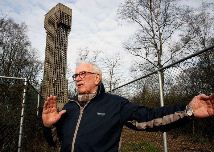 Oud-militair Willy Verschraegen vertelt over de luchtwachttoren in Koewacht.
