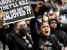 Duizenden protesteren in Utrecht tegen racisme: 'Roepen dat het niet goed gaat, is niet meer genoeg'