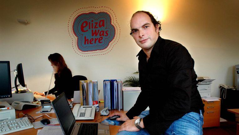 Archieffoto van Koen Everink op het kantoor van reisorganisatie Eliza was here. Beeld Raymond Rutting / de Volkskrant