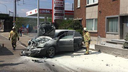 Auto vat vuur na botsing op Kuringersteenweg