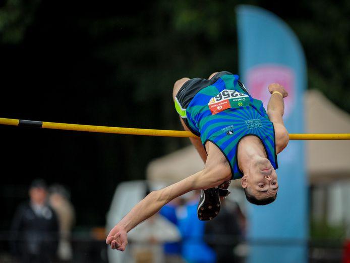 Plaatselijk atleet Brett Jacobs, die getraind wordt door Jens Laporte, is een van de vele 2m-springers op de deelnemerslijst van het hoogspringgala van AVZK.
