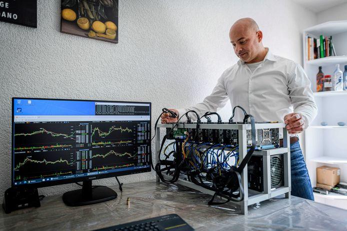 Danny Beuvink bouwt computers speciaal voor cryptomining.