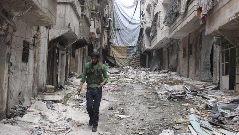 Een Syrische rebel in Aleppo. Beeld reuters
