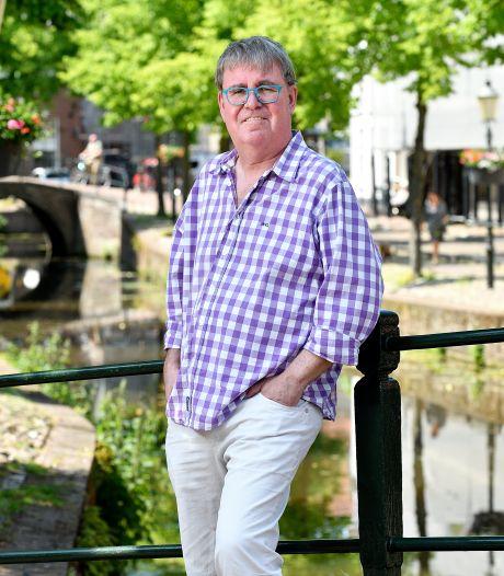 Hij volgde Amersfoortse gemeenteraad jarenlang, nu schreef Gerhard er een boek over: 'Hier is altijd gedoe'