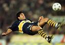 Maradona in 1997 bij Boca Juniors, waar hij zijn loopbaan afsloot.