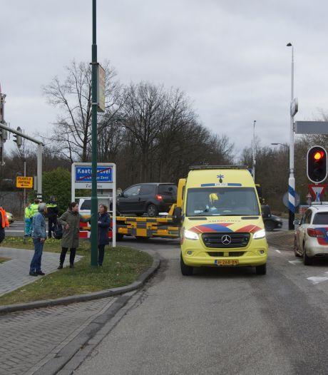 Twee gewonden bij aanrijding vlakbij Efteling Hotel