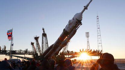 Tweede kans voor Sojoez-raket: bemande lancering levert 3 nieuwe astronauten af bij ISS