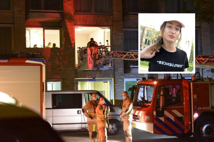 De brandweer haalde het slachtoffer uit de woning. Inzet: Özge Bilir.