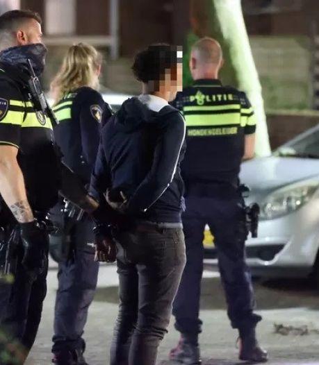 Politie lost waarschuwingsschoten bij arrestatie vluchtende verdachten