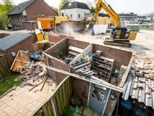 Nieuwsoverzicht | Ouders 13-jarige relschopper moeten duizenden euro's betalen - Grote schade aan tuintjes door fout bij sloopwerk