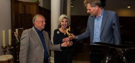 Henk Willems Cultuurprijs voor Stichting Honsoirde Nieuwkuijk