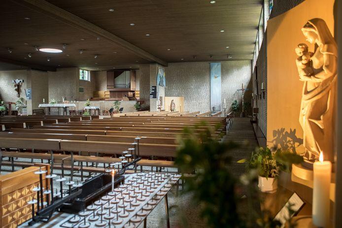 De Pauluskerk van binnen.