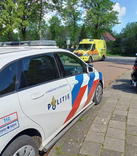 Wielrenner gewond door aanrijding in Groesbeek