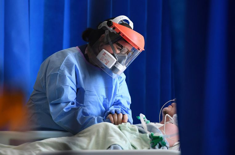 Waarom is de Britse coronavariant nog niet terug te zien in de besmettingscijfers? - Volkskrant