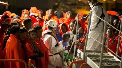 Honderden migranten gered door Marokkaanse marine