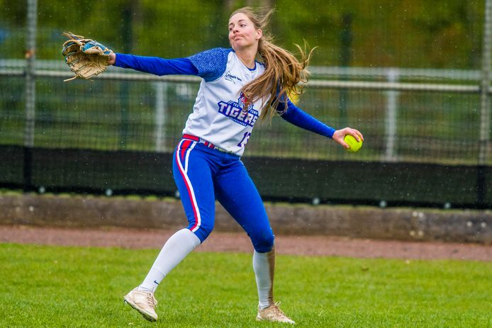 Annemiek Jansen sloeg haar eerste homerun van het seizoen