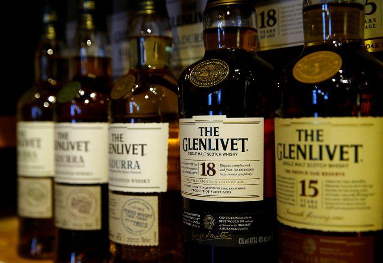Flessen Schotse whisky. Een groot handelsverdrag moet de handel tussen het Verenigd Koninkrijk en Australië bevorderen.  Beeld REUTERS