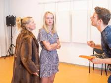 Hei-fabriek Ede springt in het gat tussen amateur- en professioneel theater met indringende Griekse tragedie