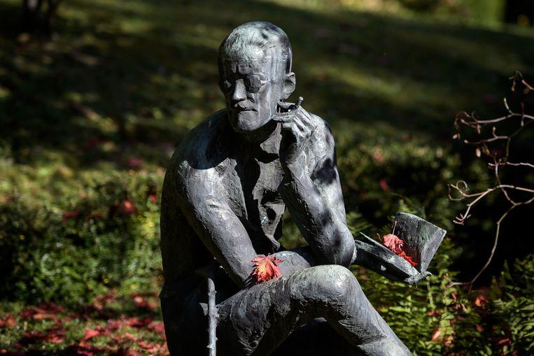 Een standbeeld van James Joyce, bij zijn graf in het Zwitserse Zürich.  Beeld AFP