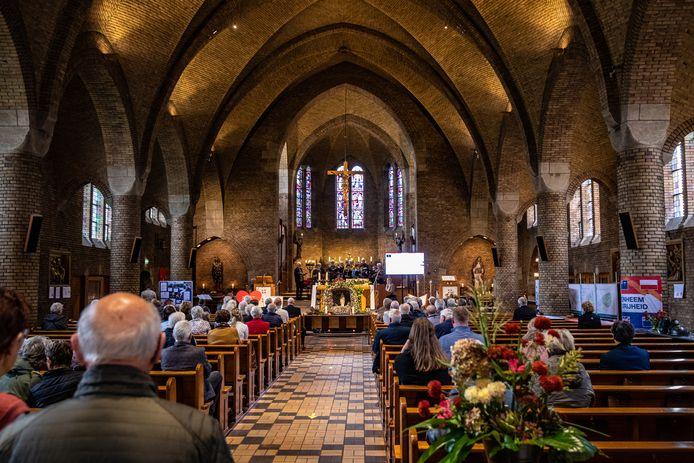 Inwoners van het bijna 1.500 tellende dorpje Mariënheem kunnen meedenken over een nieuwe invulling van de Onze Lieve Vrouw ten Hemelopnemeing kerk.