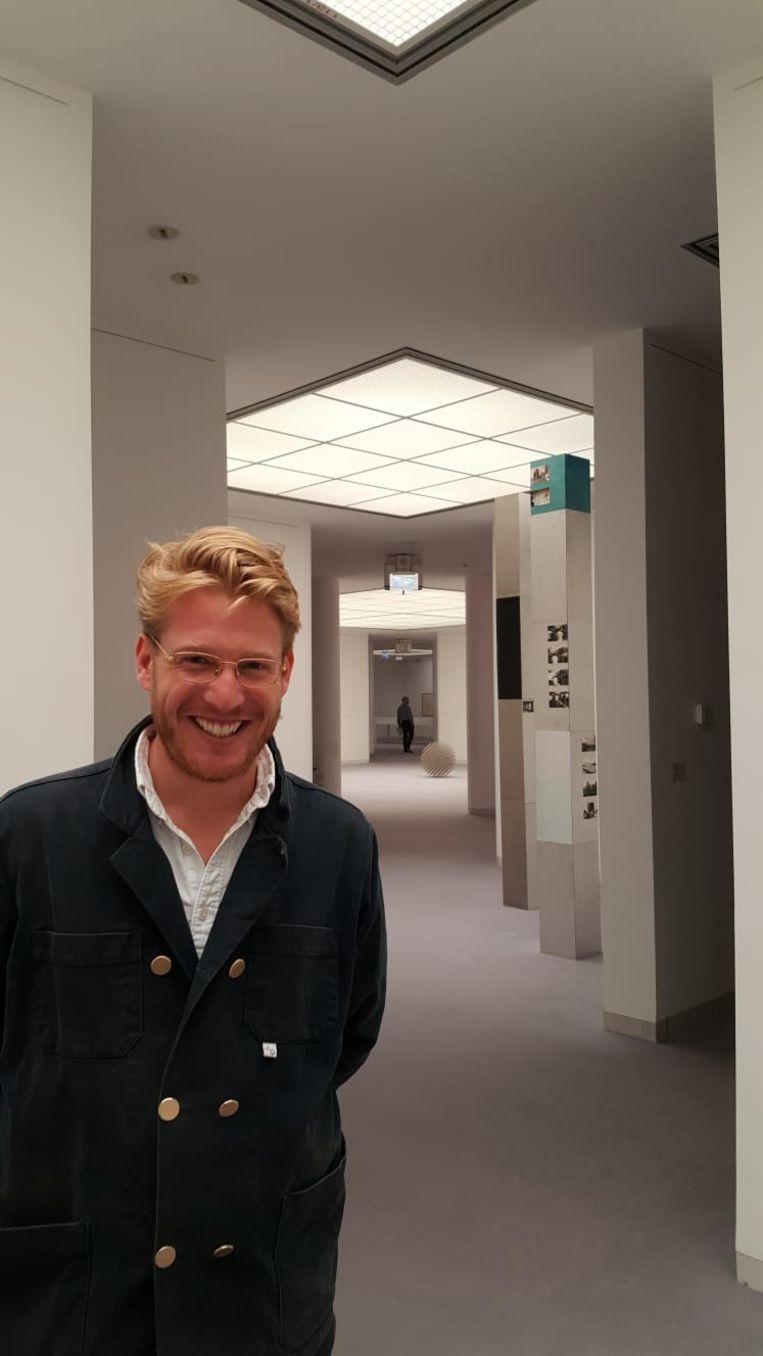 Luuk Hoogerwerf: 'Van elk werk dat bij ons thuis aan de muurhangt, of onder het bed ligt, word ik ontzettend blij.' Beeld gallery viewer