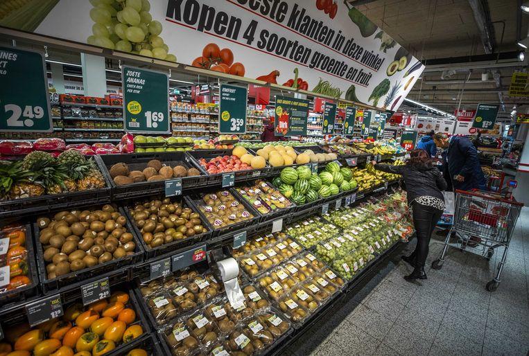 In de supermarkten werken veel oproepkrachten, net als in de horeca.  Beeld ANP