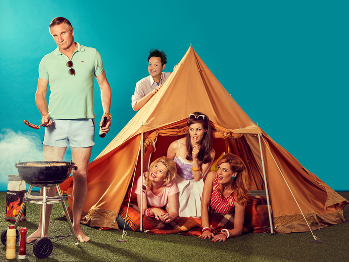 De cast van Single Camping