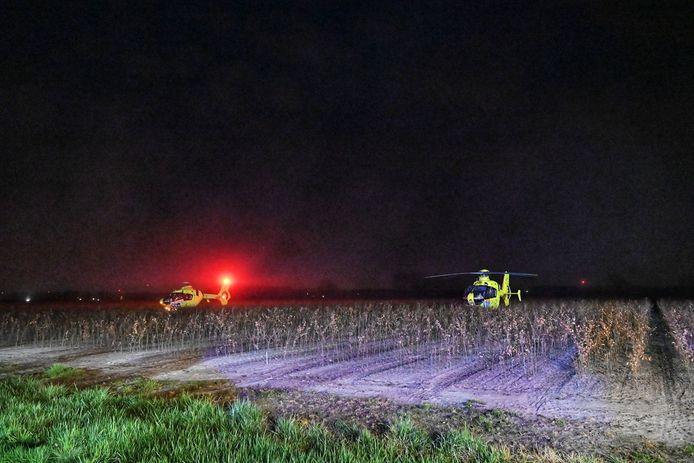 Ernstige aanrijding in Breda, traumahelikopter moet komen voor twee mensen die op de motor zaten waar een vrachtwagen op botste.