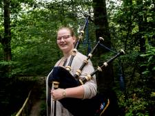 Megan (17) uit Apeldoorn is eerste doedelzakstudent op het conservatorium: 'Hoop dat taboe er vanaf gaat'