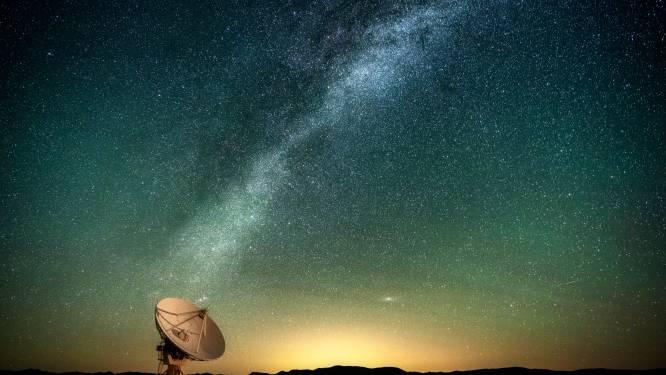 Zwaartekrachtsgolven laten zien wat voor andere telescopen verborgen blijft