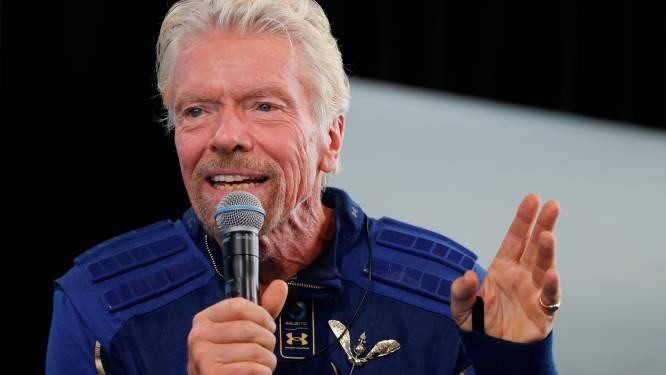 Miljardair Branson biedt meer ruimtevluchten aan, voor dubbele prijs (bijna vier ton)