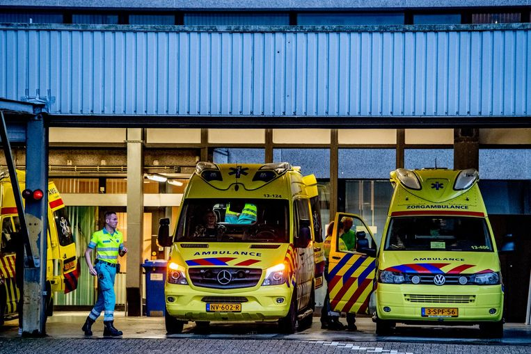 Tientallen patiënten moesten uit het ziekenhuis worden verplaatst Beeld ANP