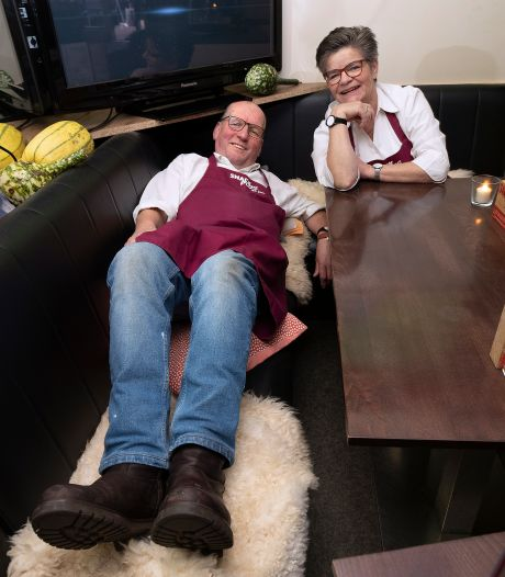 Cafetaria Snackplus kondigt het einde aan: 'Overdag halen ze de neus voor je op, 's nachts bestellen ze een patatje mayo'
