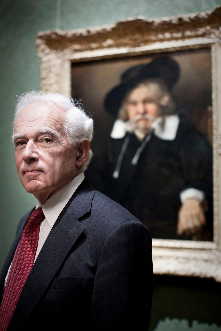 Jan Maarten Boll voor Rembrandts Portret van een oude man. Beeld Martijn Beekman