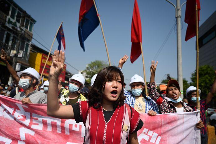 Demonstratie in Yangon tegen het militaire regime