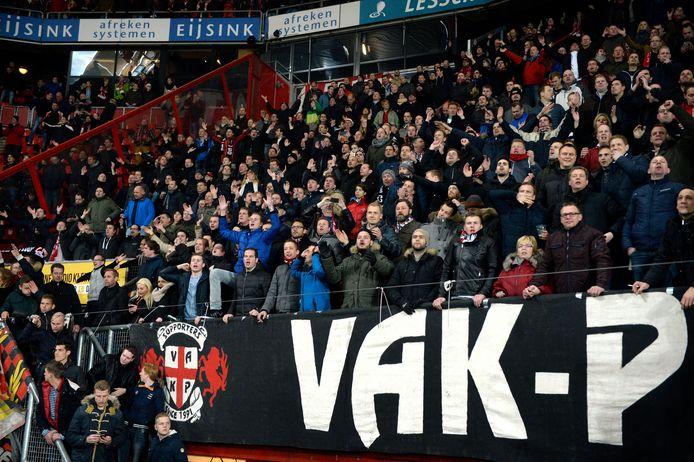 FC Twente-supporters overstelpen de club met verzoeken om tickets voor vrijdag