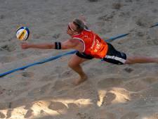 Bornse beachvolleyballer Boermans staat met Oranje in halve finale OKT