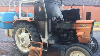 Passant blust tractorbrand met tuinslang