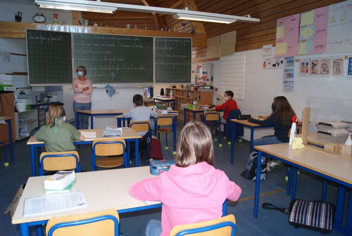 En classe, pas plus de dix élèves.