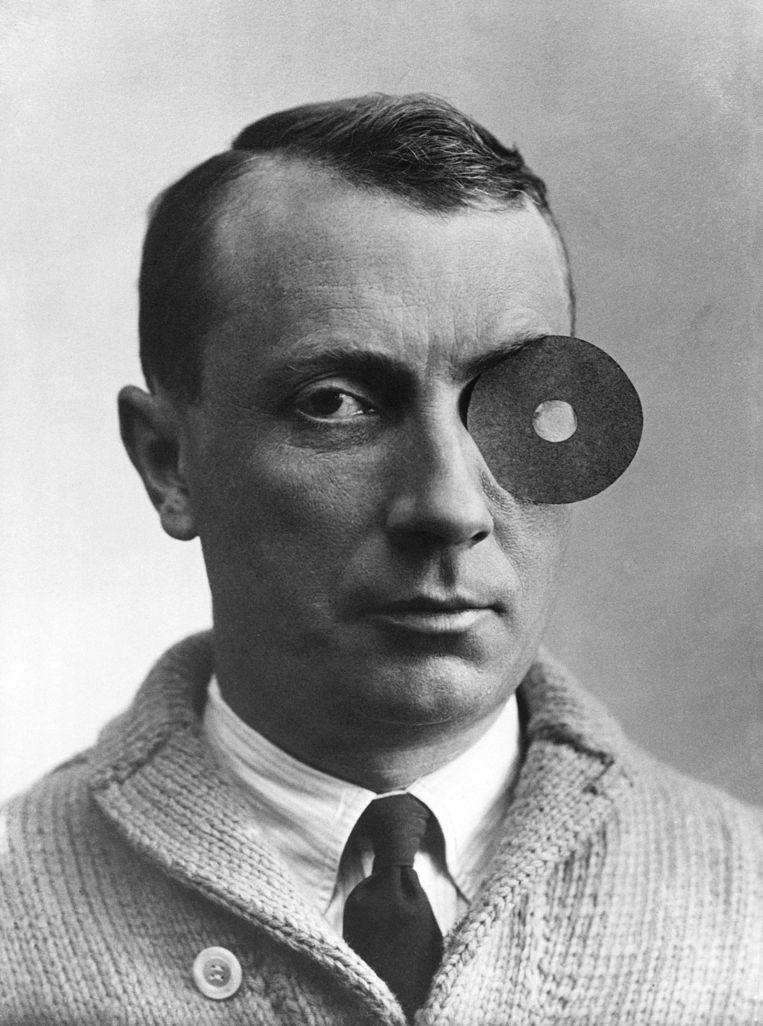 Arp met de Navel-Monocle, 1926, Beeld rv