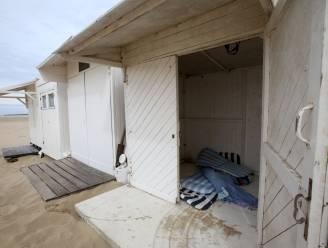 Vandalen slaan opnieuw toe op strand van Koksijde: acht cabines opengebroken