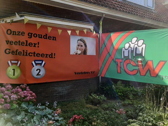 Het huis van wielrenster Annemiek van Vleuten in Wageningen is ingepakt.