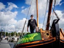 Piet verdiende de kost met water verkopen op de Waal