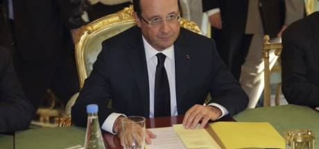 "Hollande salue un ""accord majeur"" et ""global"""