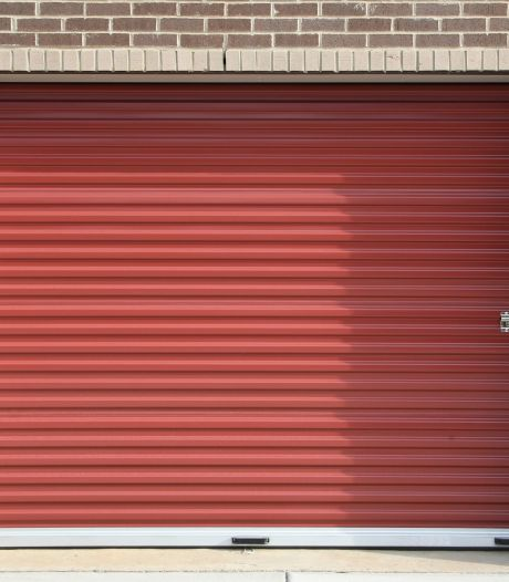 Sfeer in Alphense buurt verziekt door een garage die al lang weg had moeten zijn